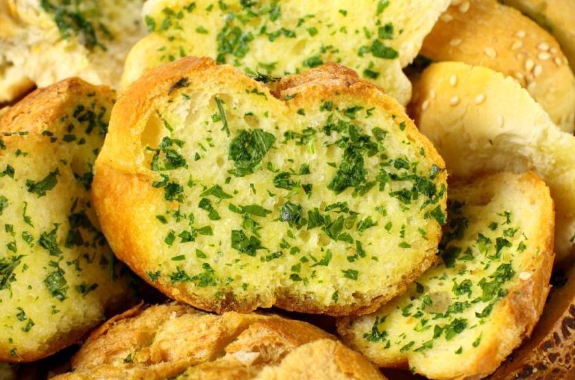 Pan de Ajo:  de Restaurante Sevillano