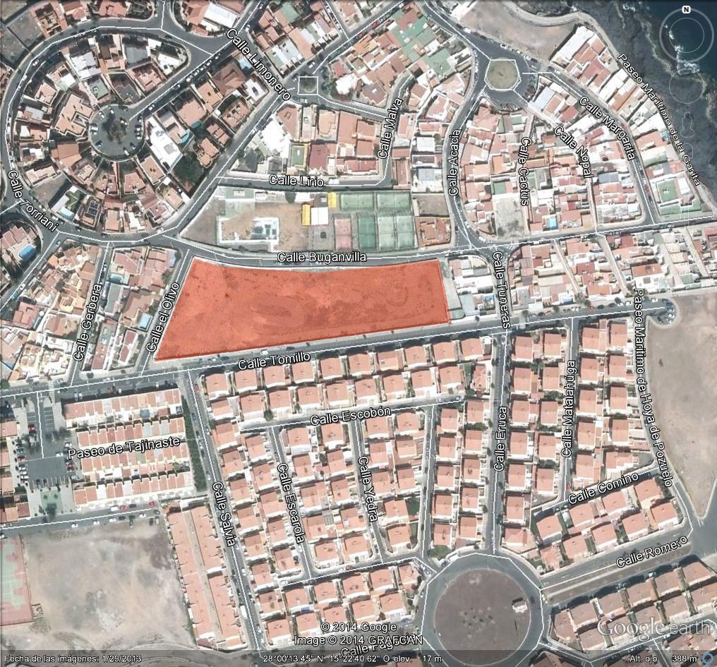 Solares a pocos metros de la Playa de La Garita: Proyectos en venta de Díaz y Muñoz Arquitectos