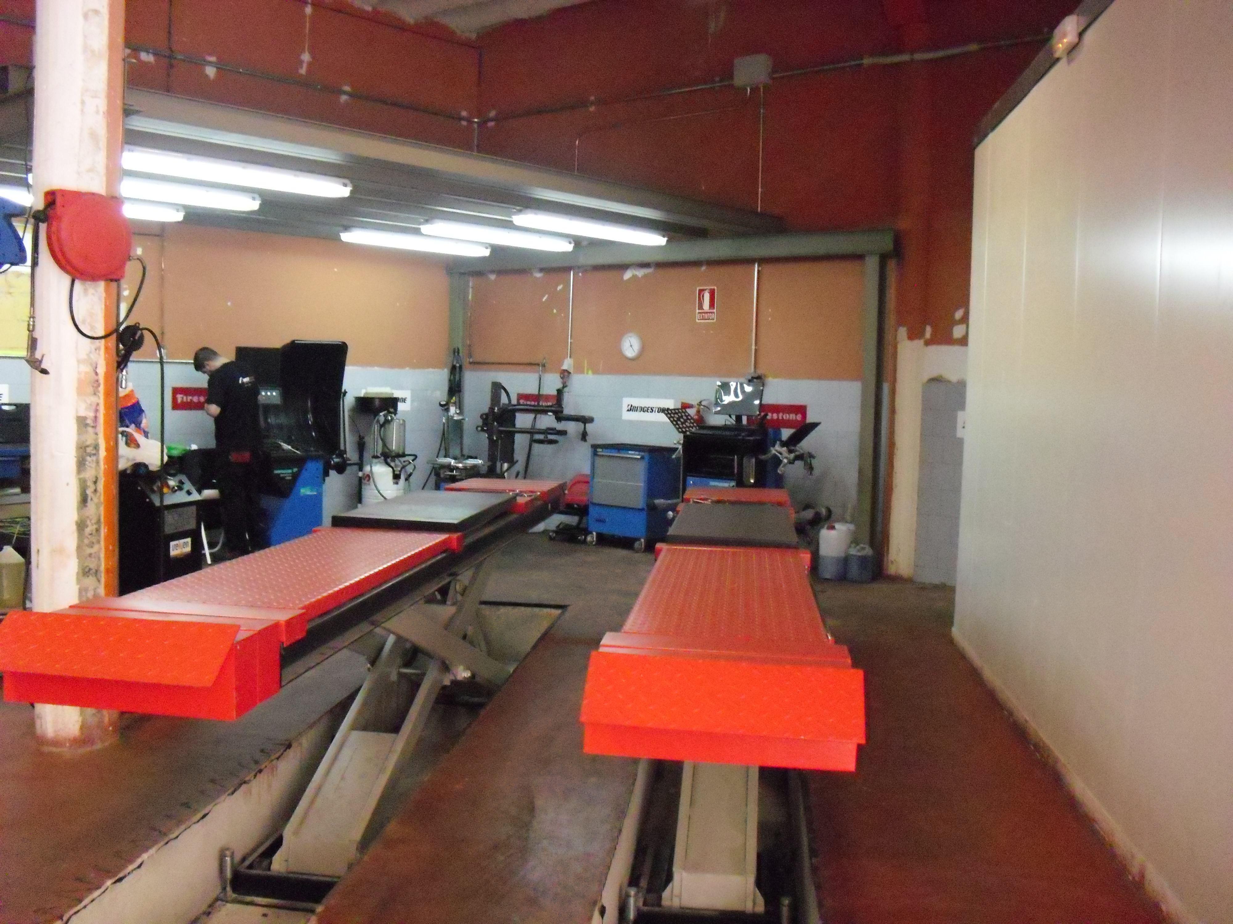Taller para revisiones y mantenimiento de vehículos en El Masnou