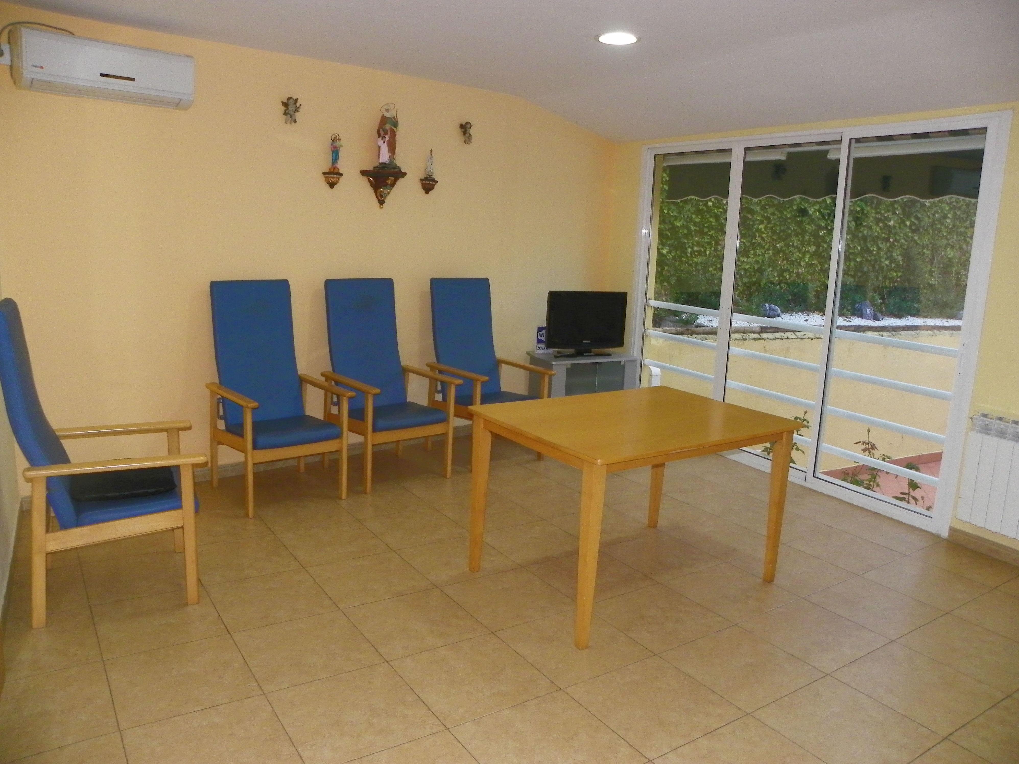 Foto 2 de Residencias geriátricas en Zaratán | Residencia para Personas Mayores Santa Ana
