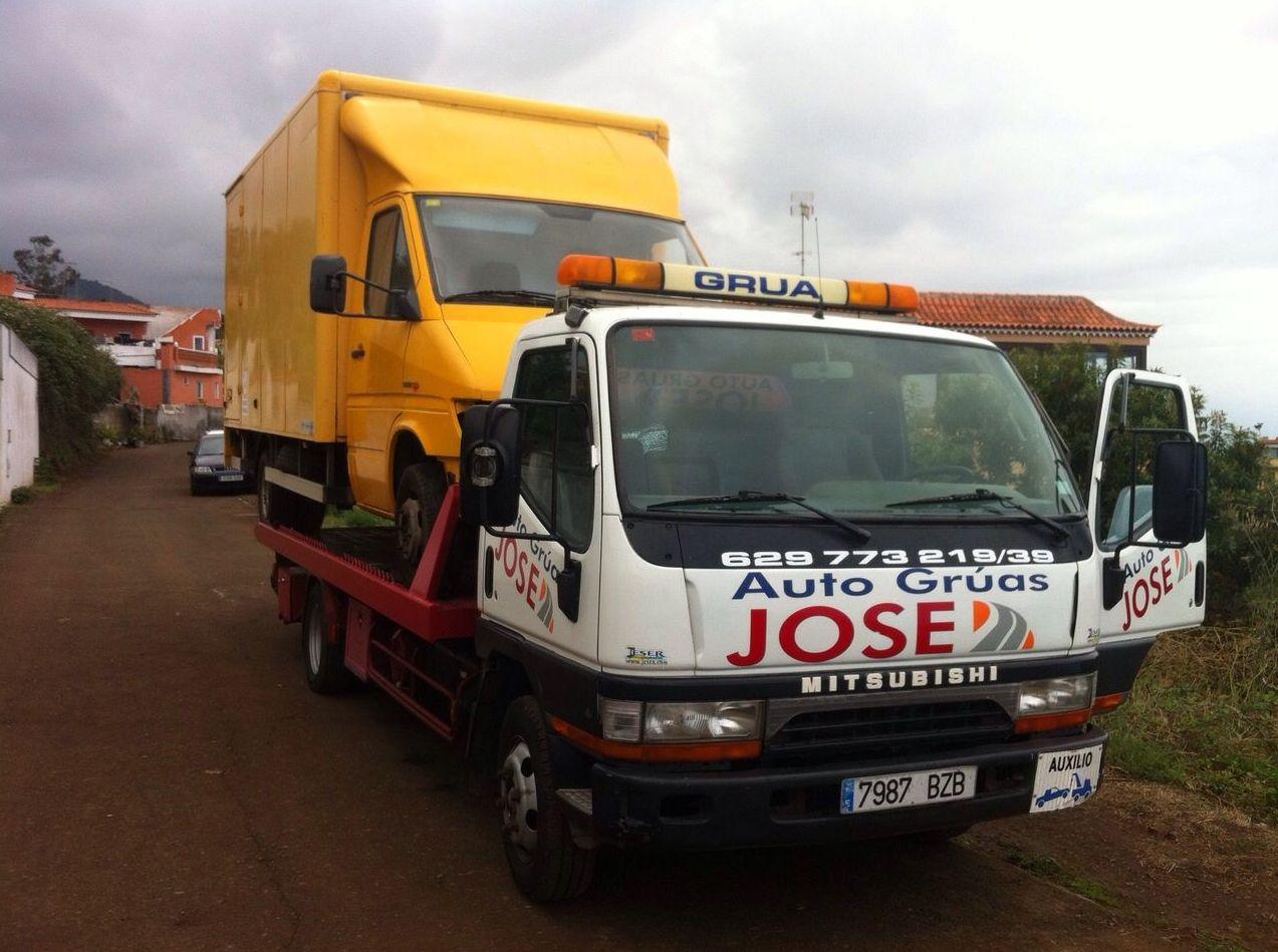 Foto 31 de Grúas para vehículos en El Sauzal | Auto Grúas Jose