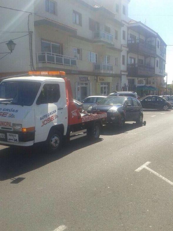 Foto 23 de Grúas para vehículos en El Sauzal | Auto Grúas Jose