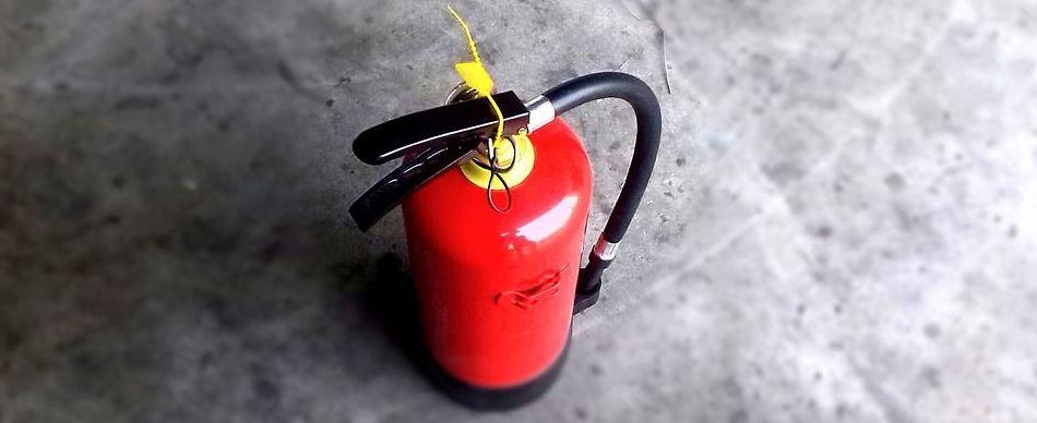 Extintor de agua pulverizada