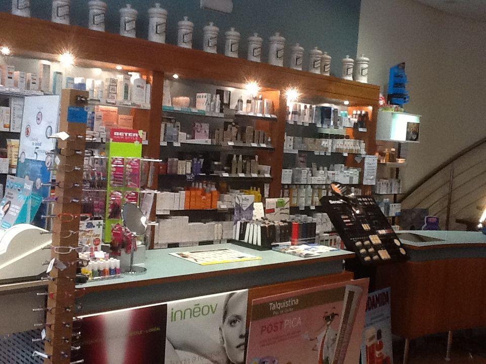 Foto 7 de Farmacias en León | Farmacia Isabel Miguélez