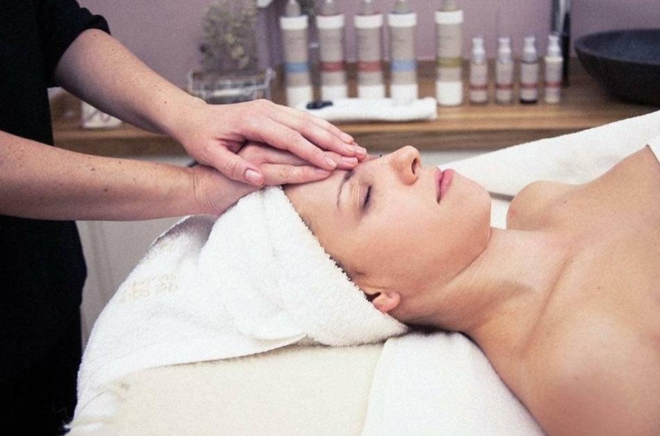 """Estética facial -Bioterapias Faciales """"Secretos del Agua"""""""