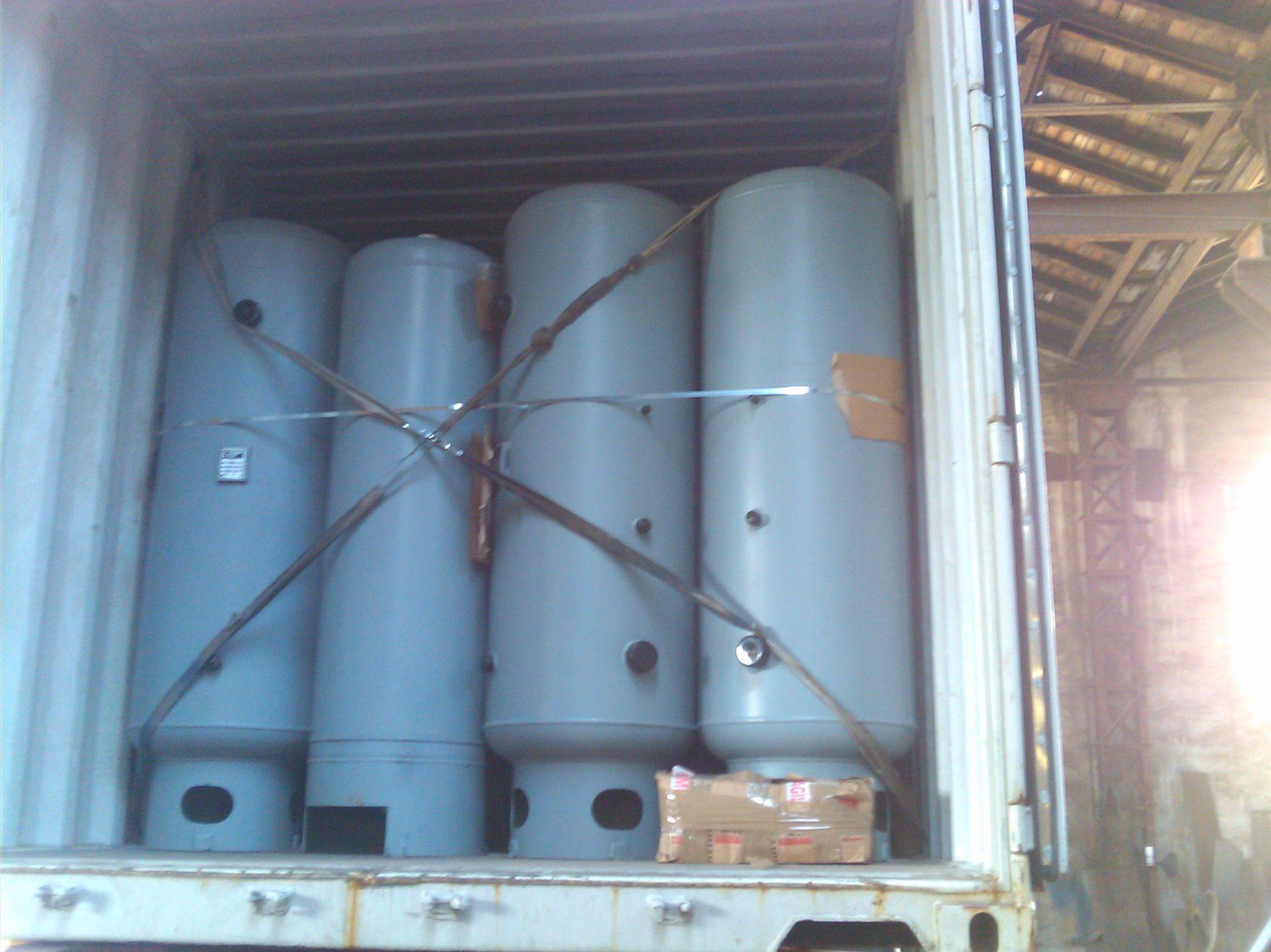Depóstios a presión para oxigeno con destino a EEUU en contenedor par envío en barco