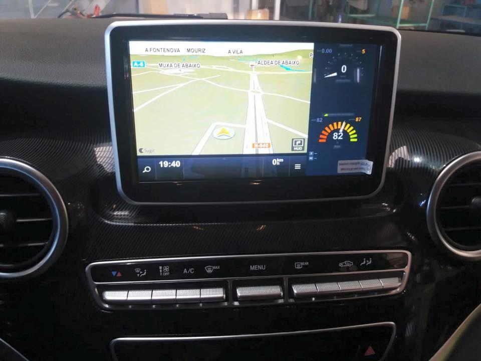 Montaje de sistemas multimedia para el automóvil en Lugo