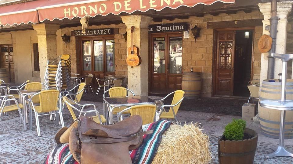 Restaurante con terraza en Riaza