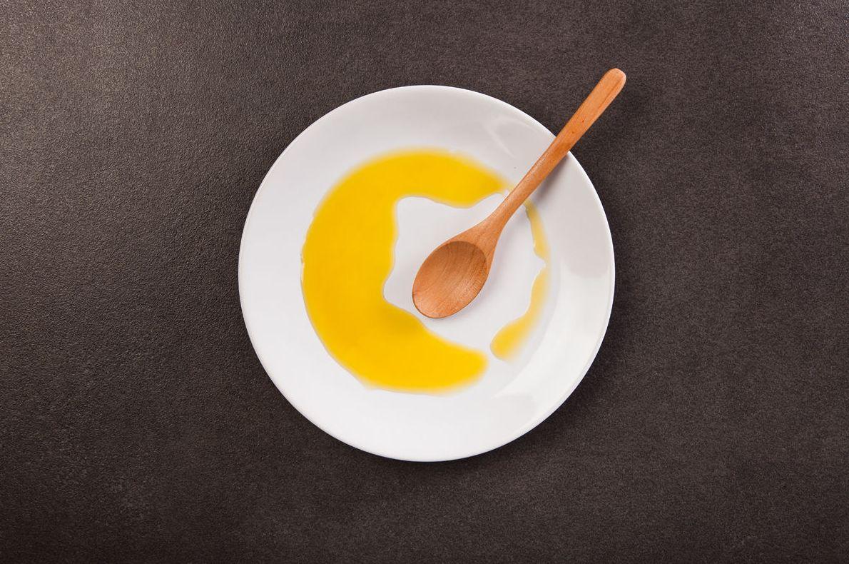 Aceite de oliva de producción propia