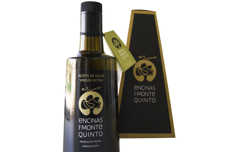Botella de cristal de aceite de oliva virgen extra