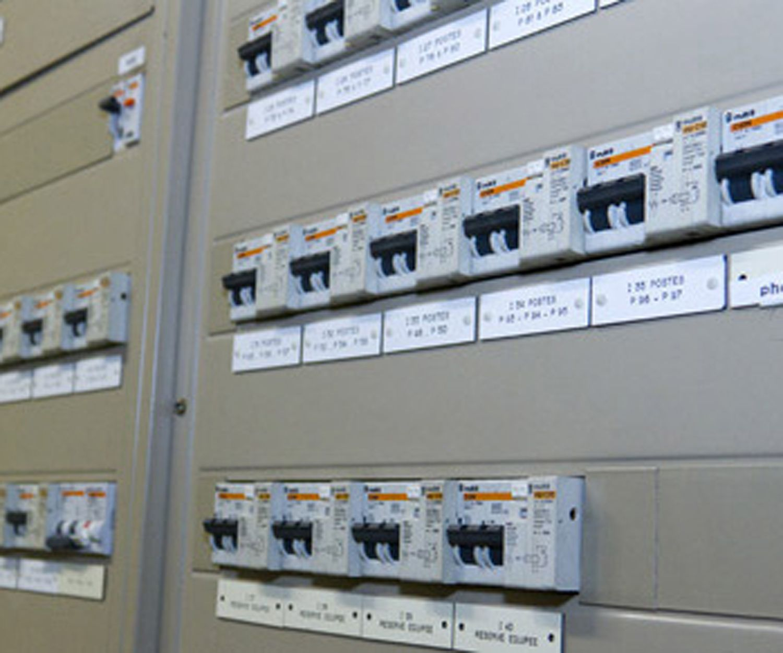 Instalación de cuadros eléctricos