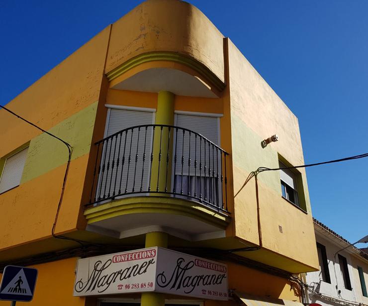 Pintor económico en Tavernes de la Valldigna