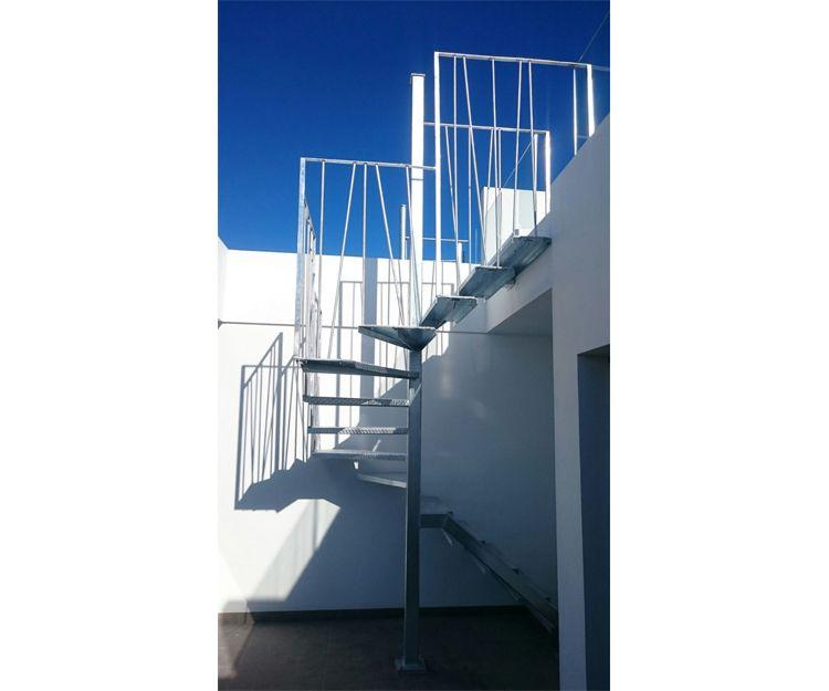 Escalera de aluminio en Altea