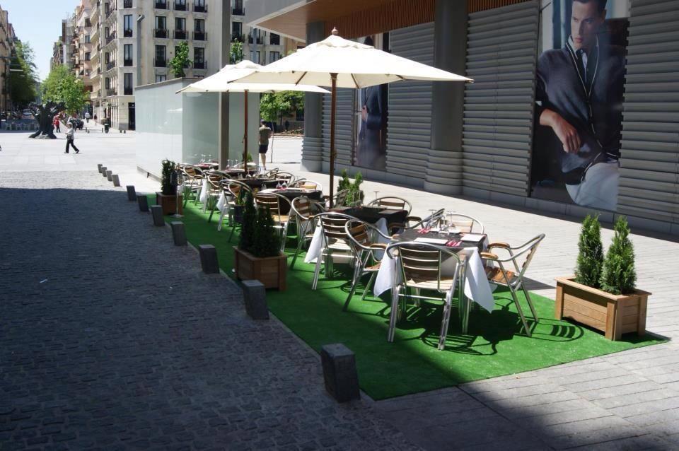 Contamos con una amplia terraza donde disfrutar del buen tiempo