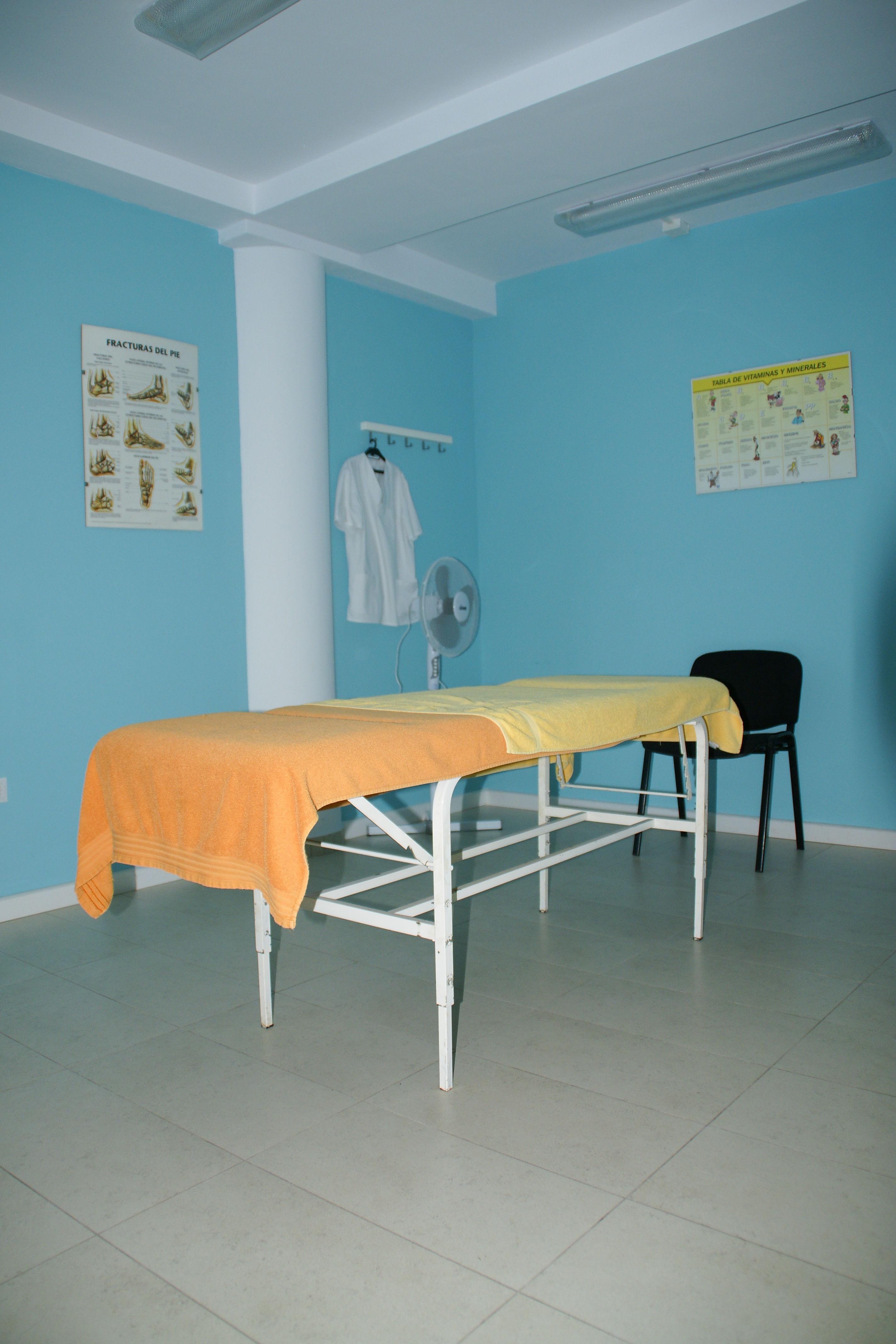 Foto 8 de Osteopatía en Arrecife | CEOST- Centro Parasanitario de Terapias Alternativas