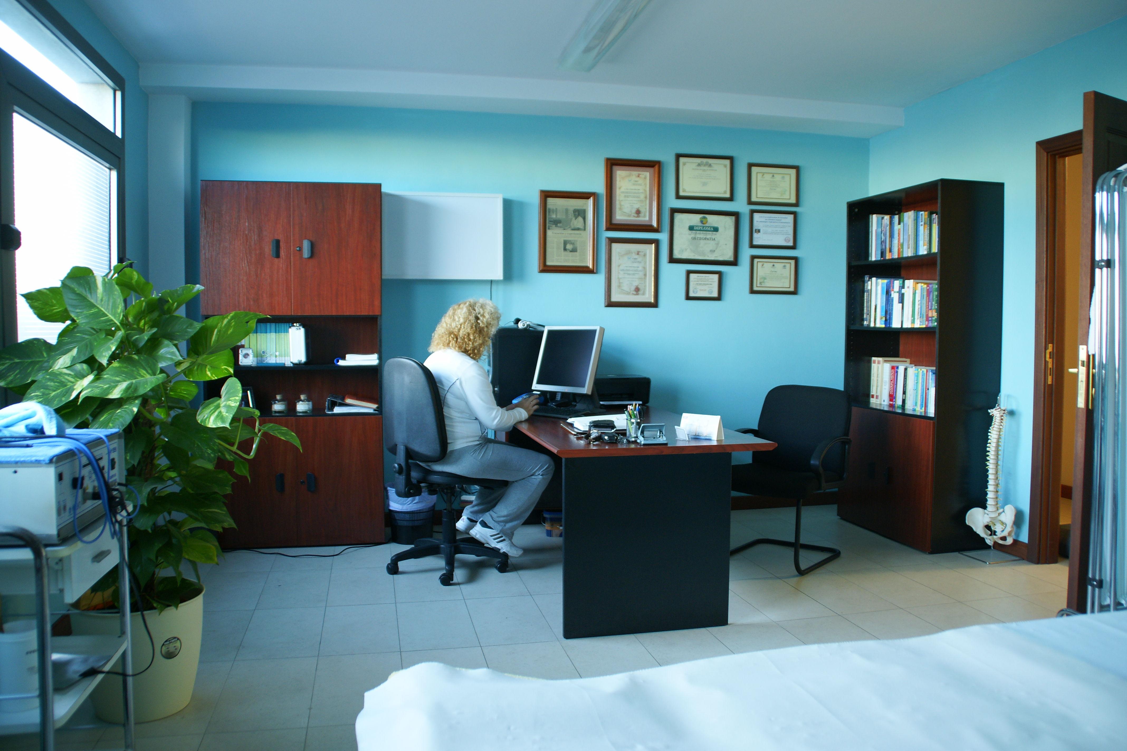 Foto 1 de Osteopatía en Arrecife | CEOST- Centro Parasanitario de Terapias Alternativas