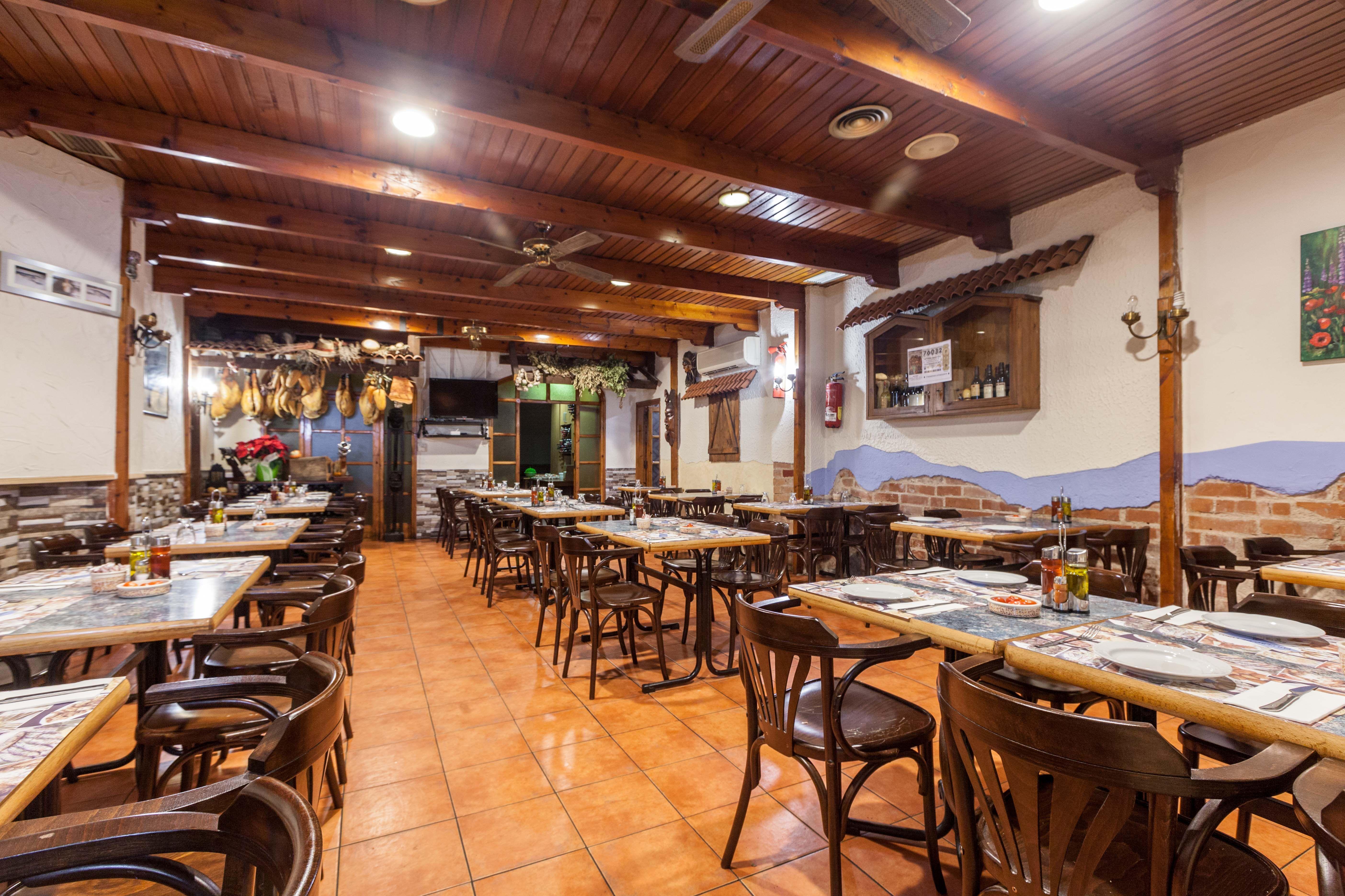 Foto 5 de Los mejores productos de cada región en  | Brasería el Pulpero de Lugo