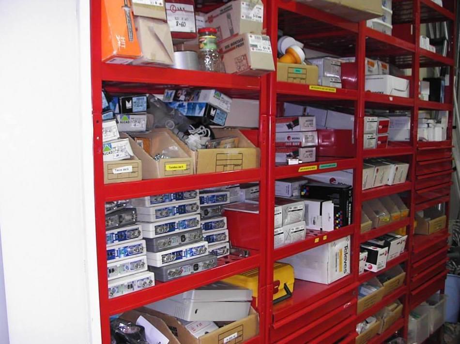 Interior de nuestra tienda de electrónica