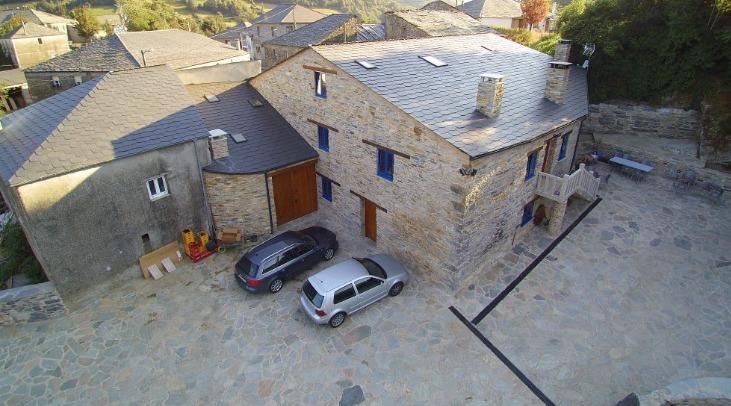 """Casa rural """"Casa Sidro"""" Louzarela (Lugo)"""