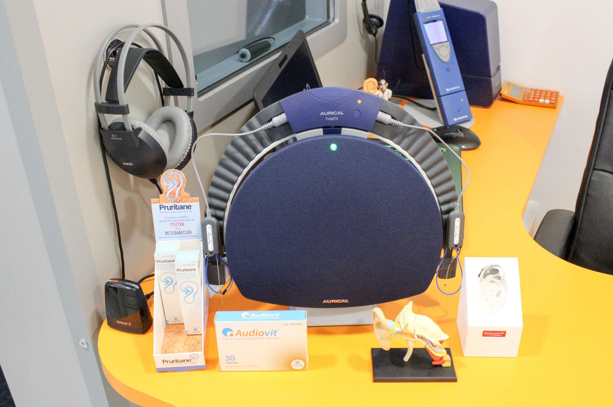 Revisión audiológica gratuita: Óptica y audiología de CENTRO OPTIFON (Óptica & Audiología)