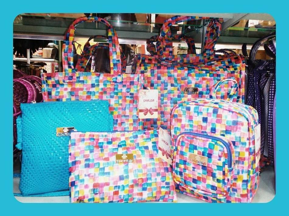 Gran variedad de bolsos
