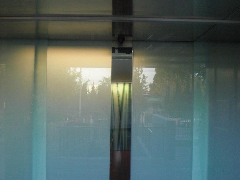 Automatismos Murcia - Instalación de puertas correderas
