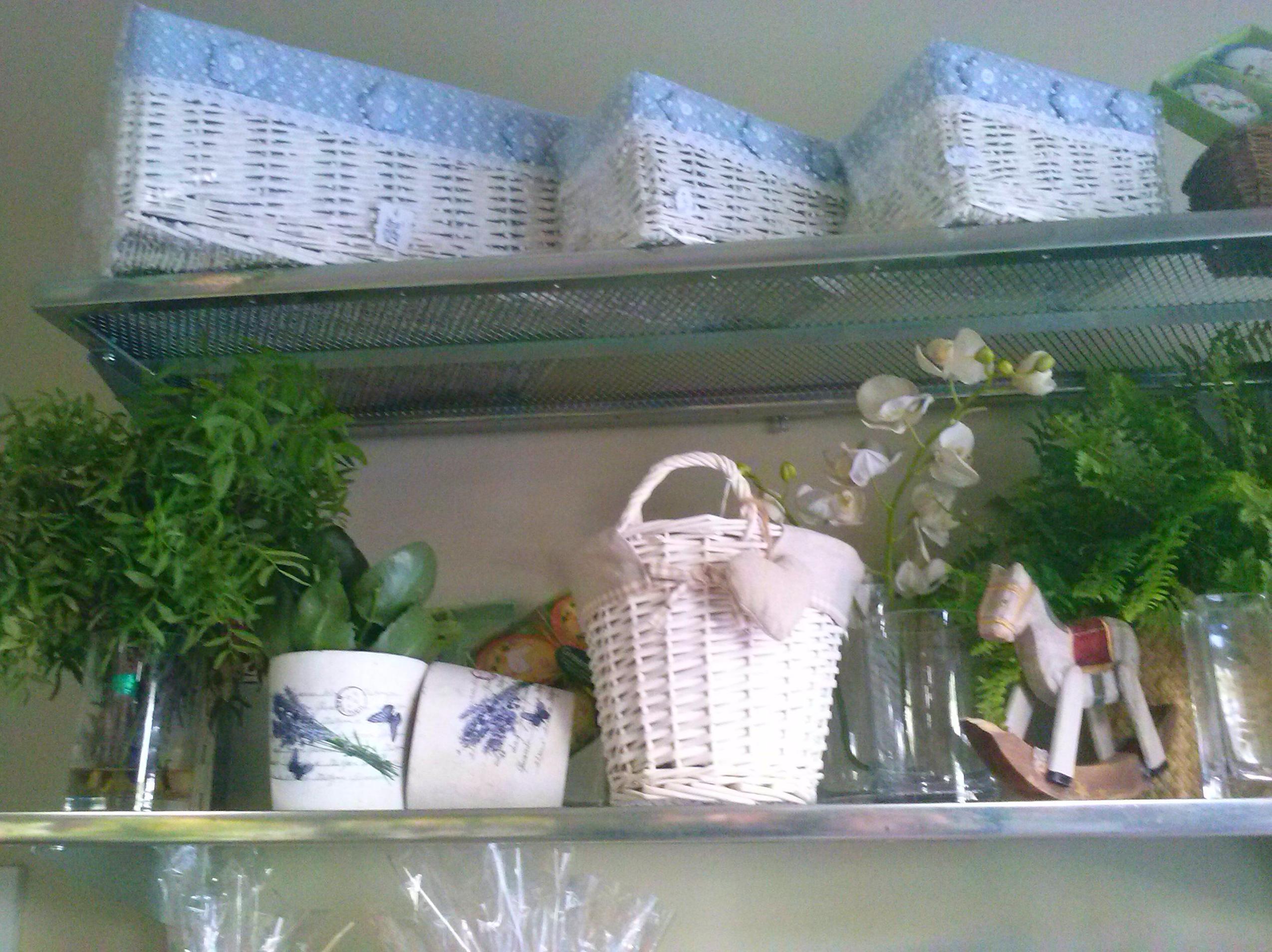 Cestas de mimbre productos y servicios de greenflor for Jardineria a domicilio barcelona