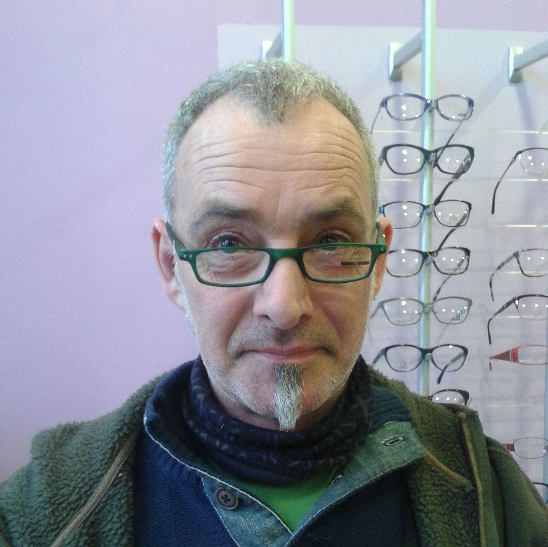 Gafas grdauadas de diferentes modelos