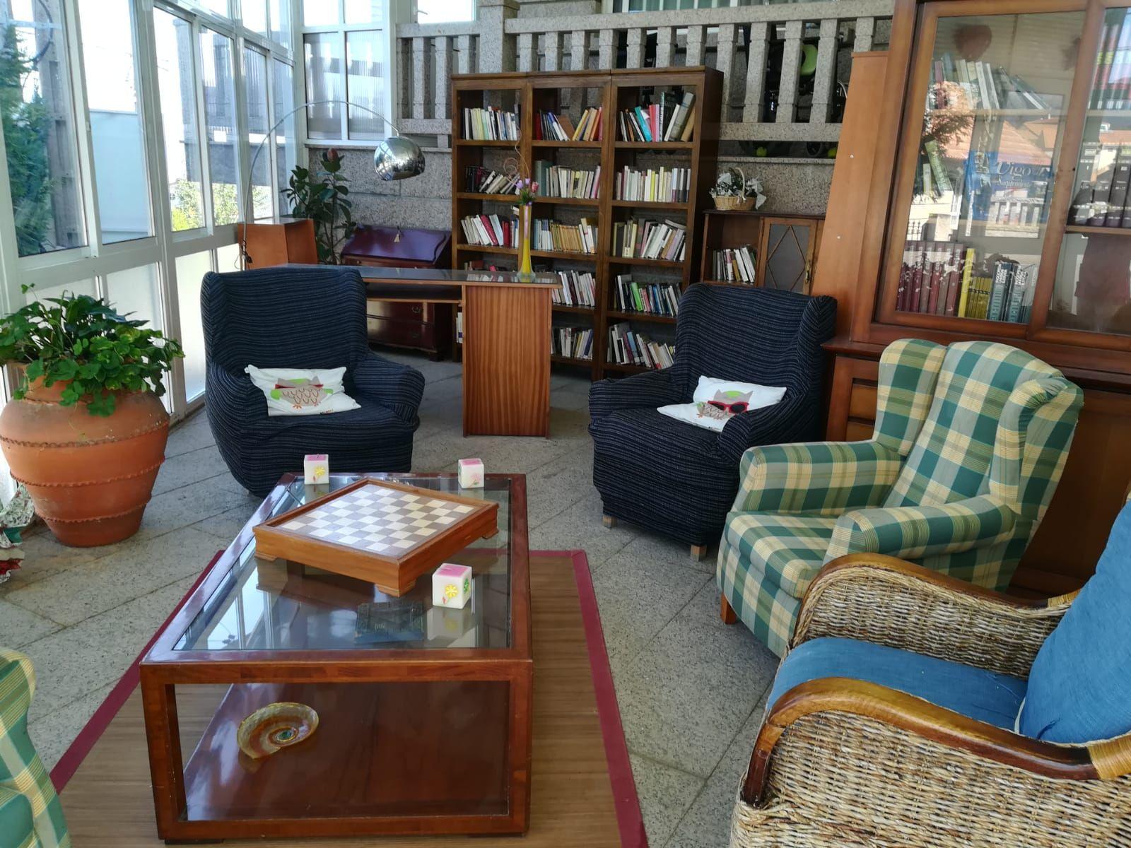 Ambiente hogareño que fomenta la interrelación entre los residentes y sus familias