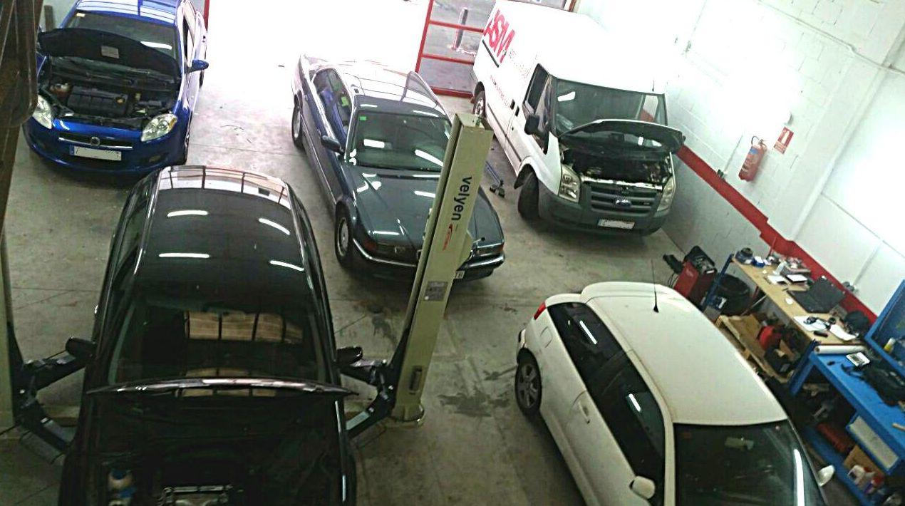 Foto 25 de Talleres de automóviles en Las Rozas | Leiva Taller