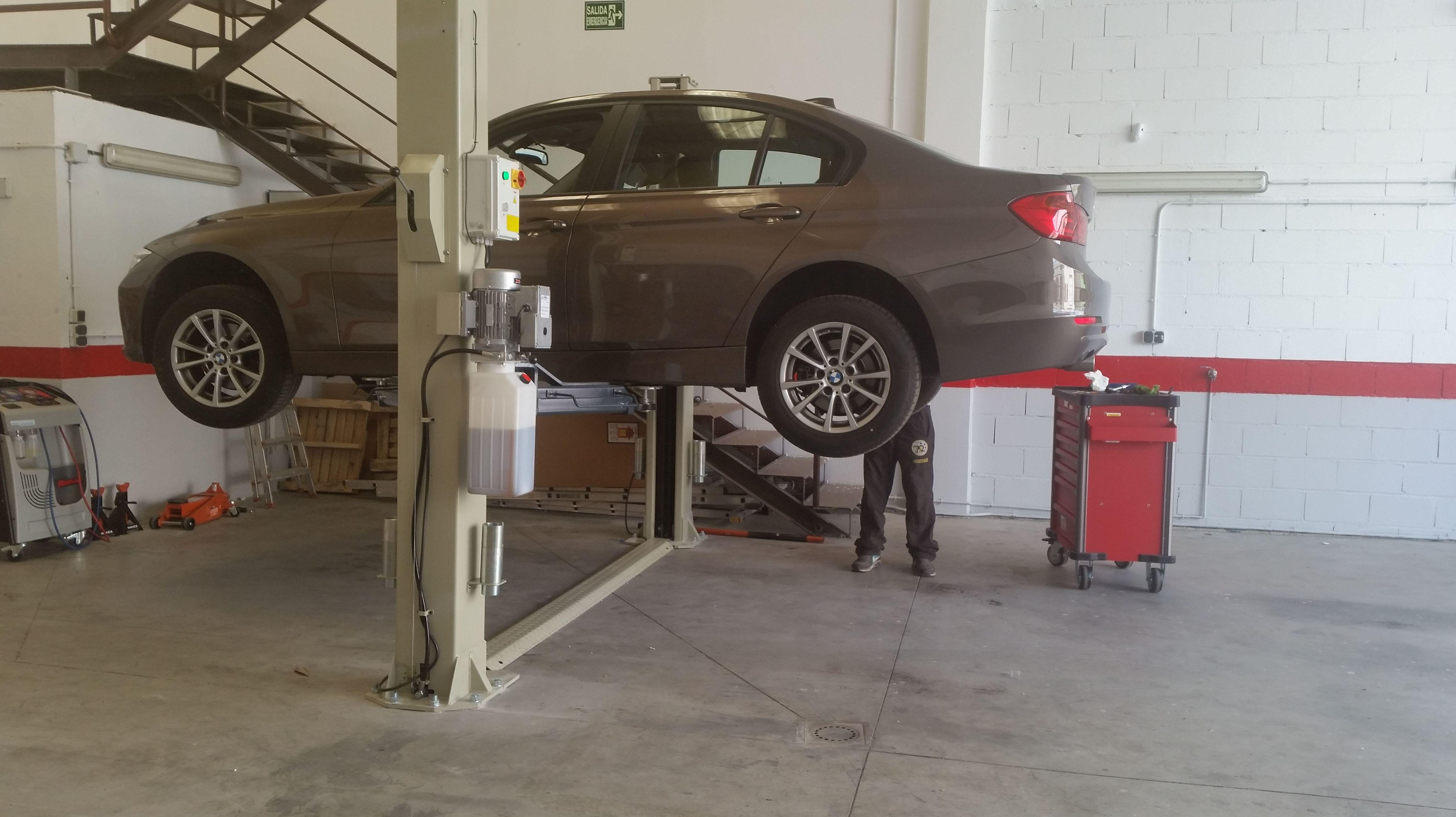 Foto 43 de Talleres de automóviles en Las Rozas | Leiva Taller