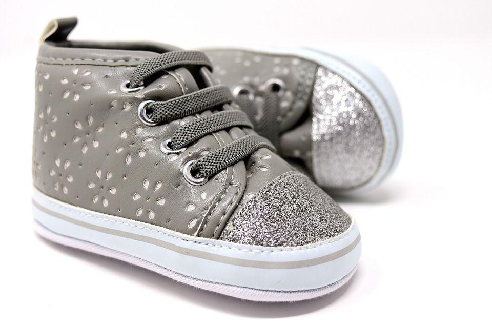 Zapatos niños: Servicios de Zapatillas La Colmena