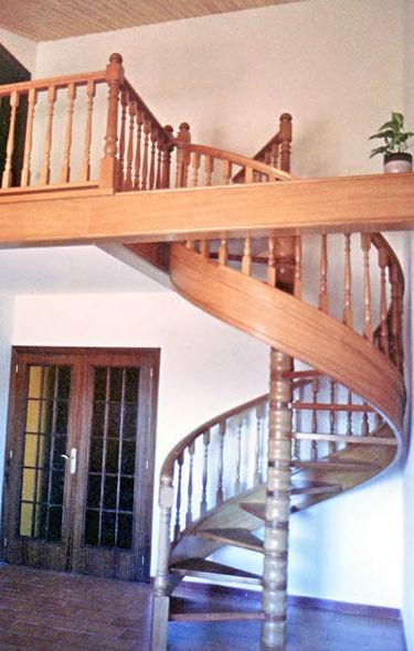 Fabricante de Escalera de caracol  en Barcelona