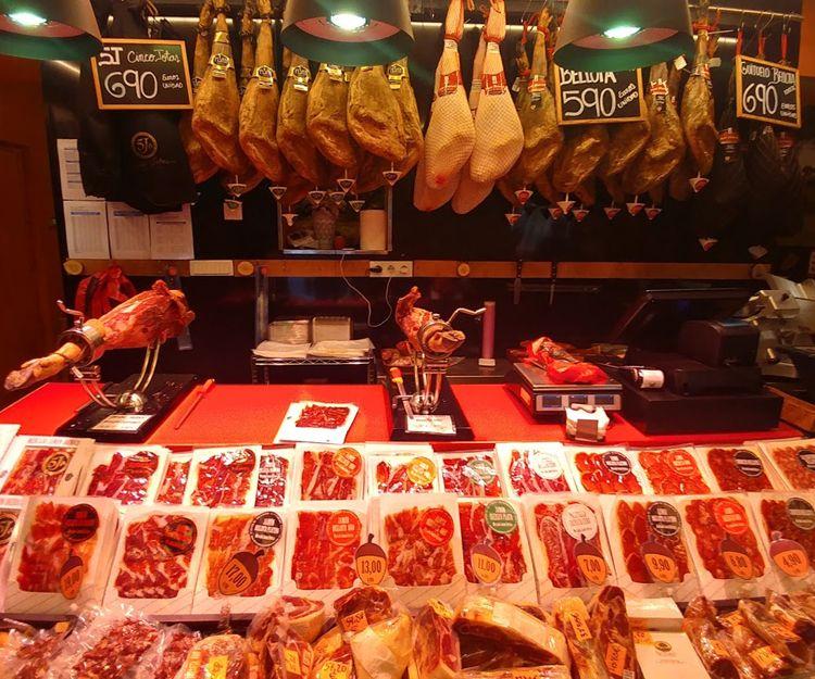 Embutidos ibéricos de bellota envasados en Madrid