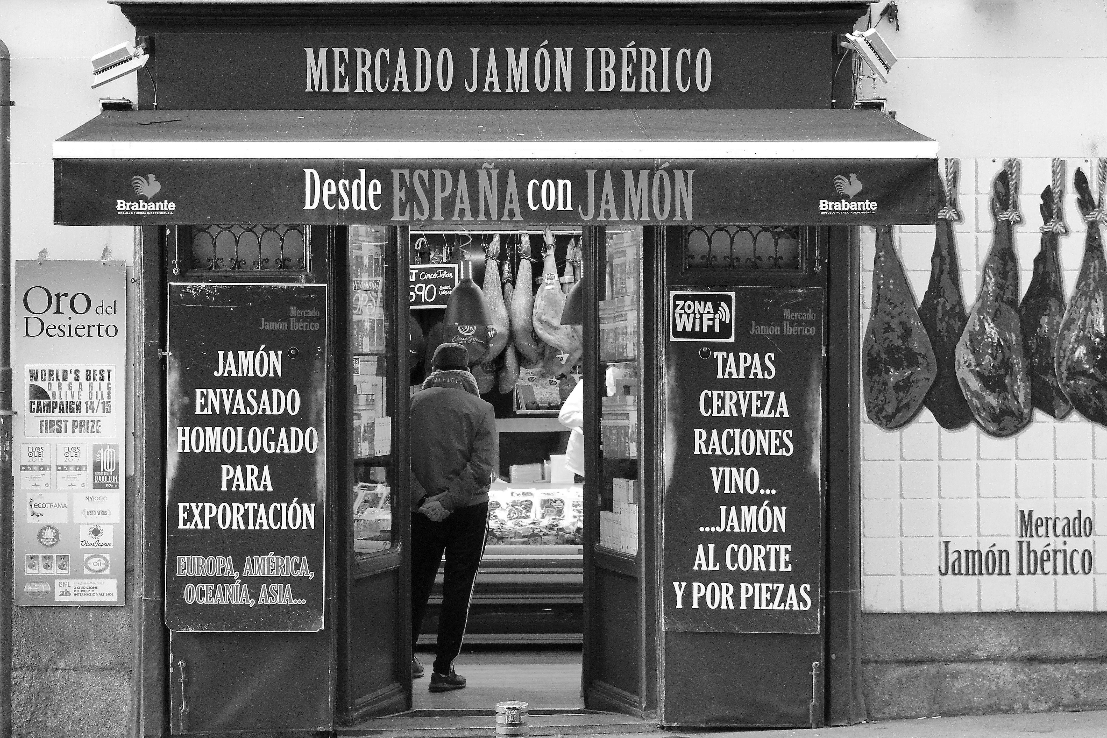 Tiendas de jamón ibérico en Madrid centro