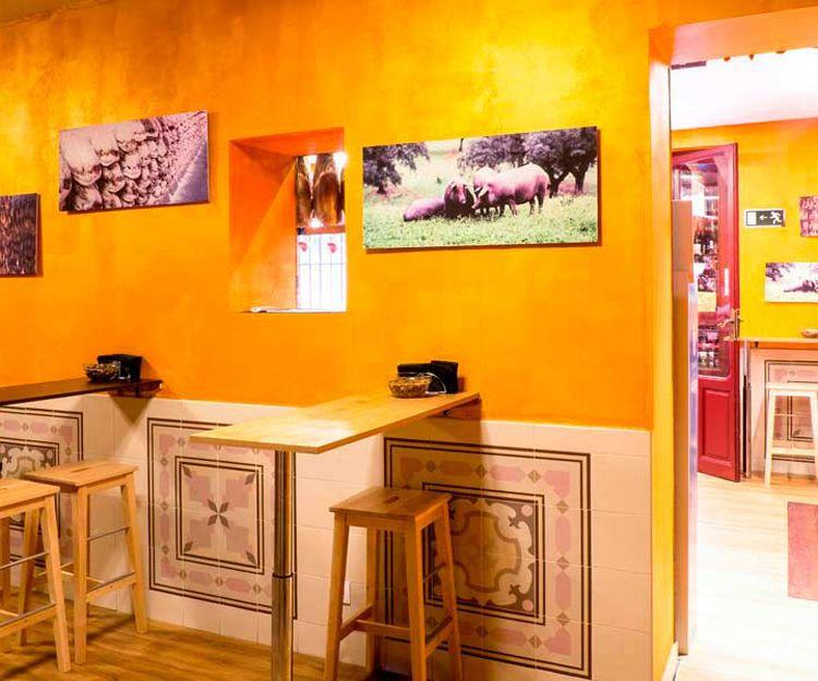 Venta y degustación de embutidos ibéricos de bellota en Madrid