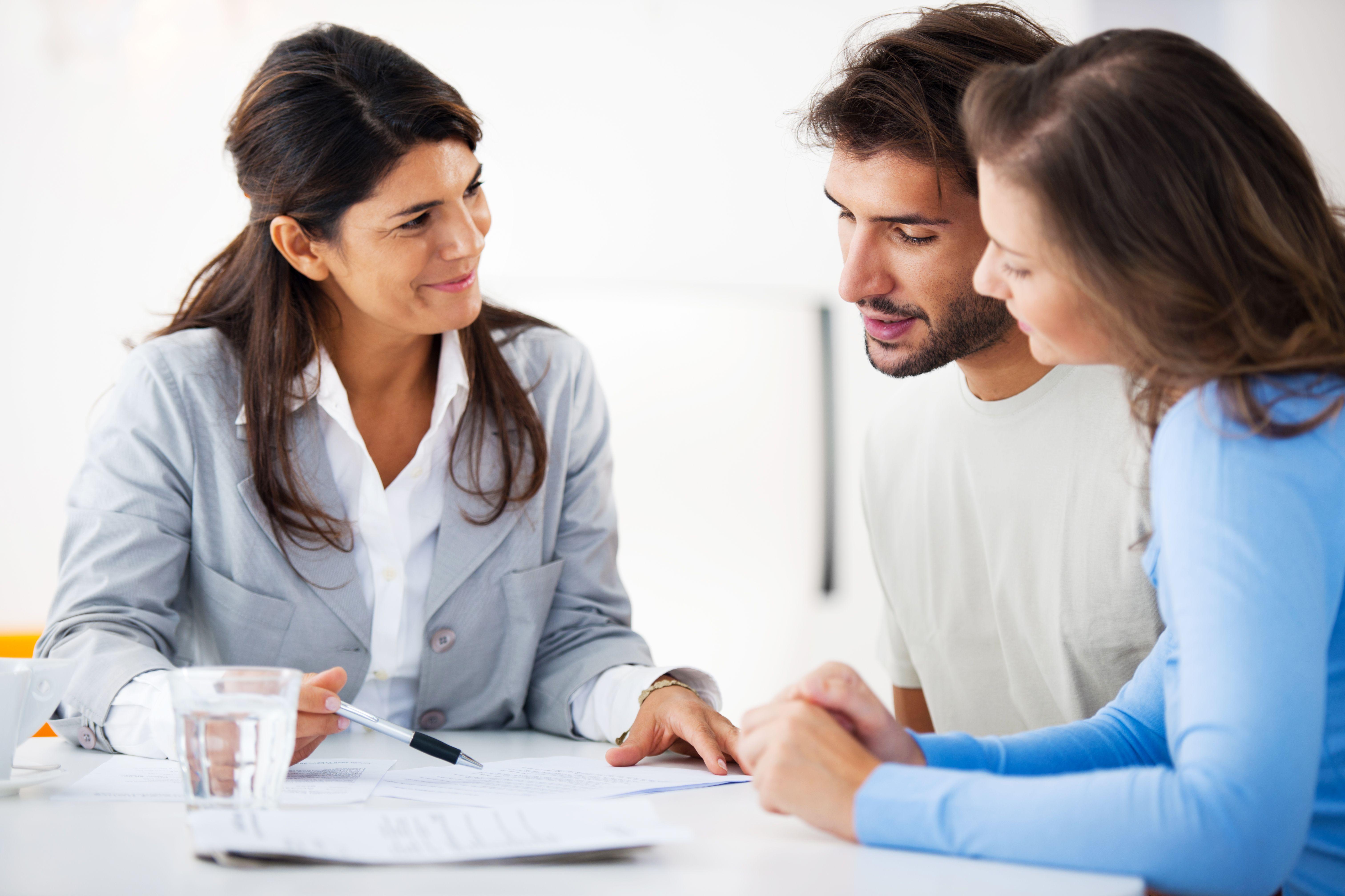 Servicios de gestión: Servicios de Easy Asesores y Consultores