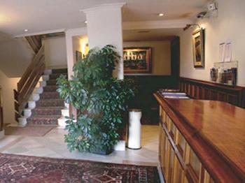 Foto 2 de Hoteles en Zarautz | Hotel Alameda**