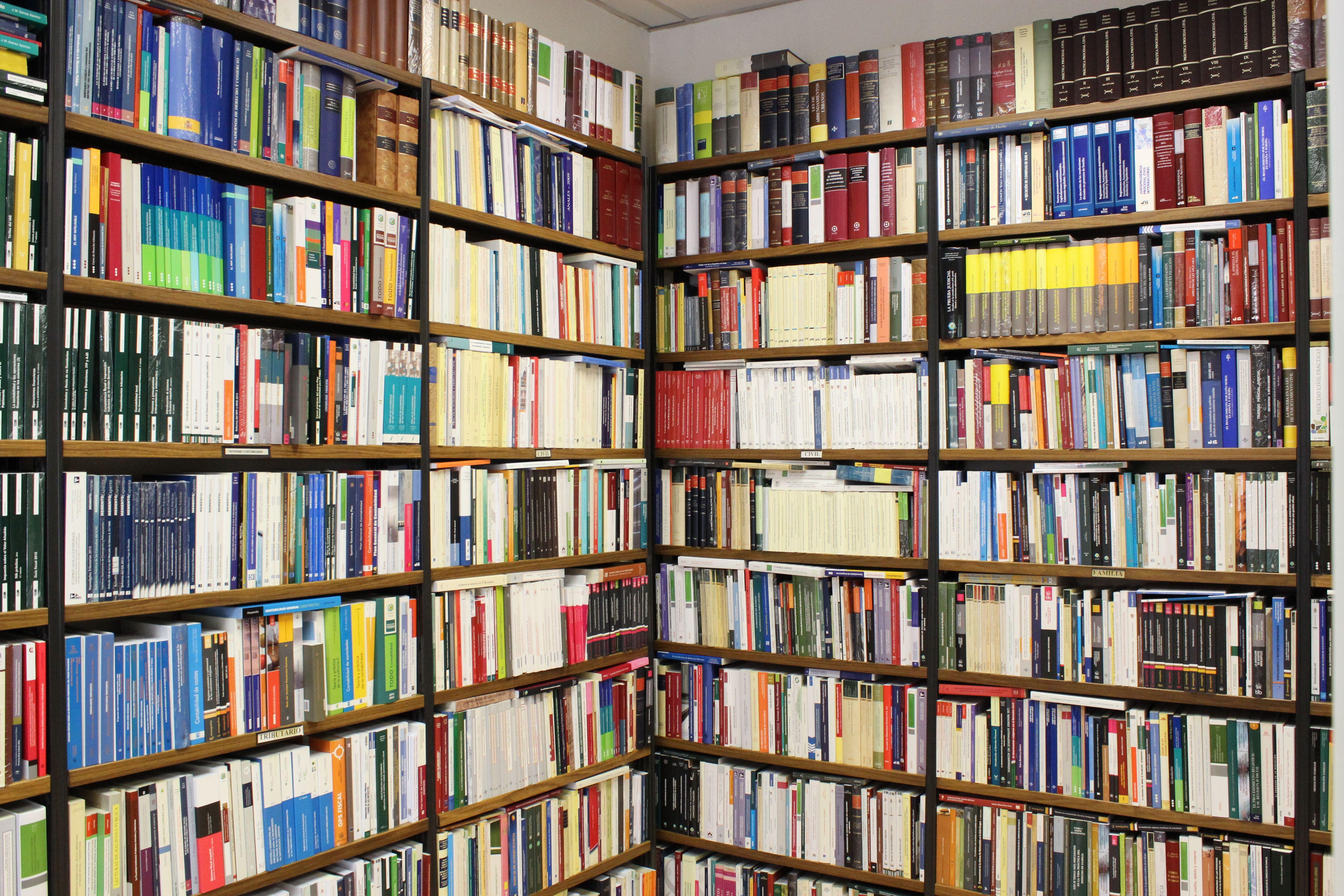 Foto 4 de Librerías en Madrid | Dykinson