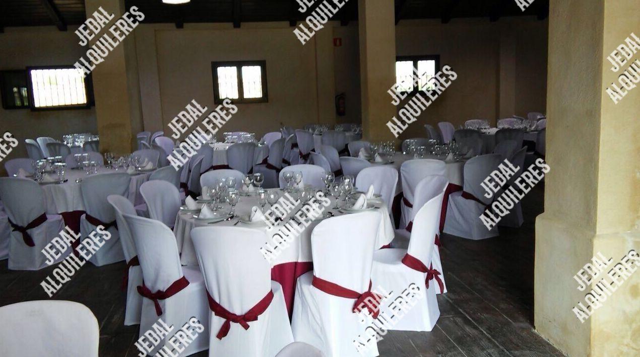 Sillas y mesas para eventos en Jerez de la Frontera