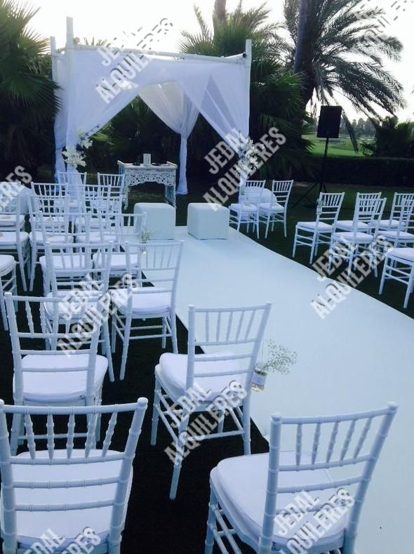 Alquiler de sillas y mesas para fiestas en Jerez de la Frontera