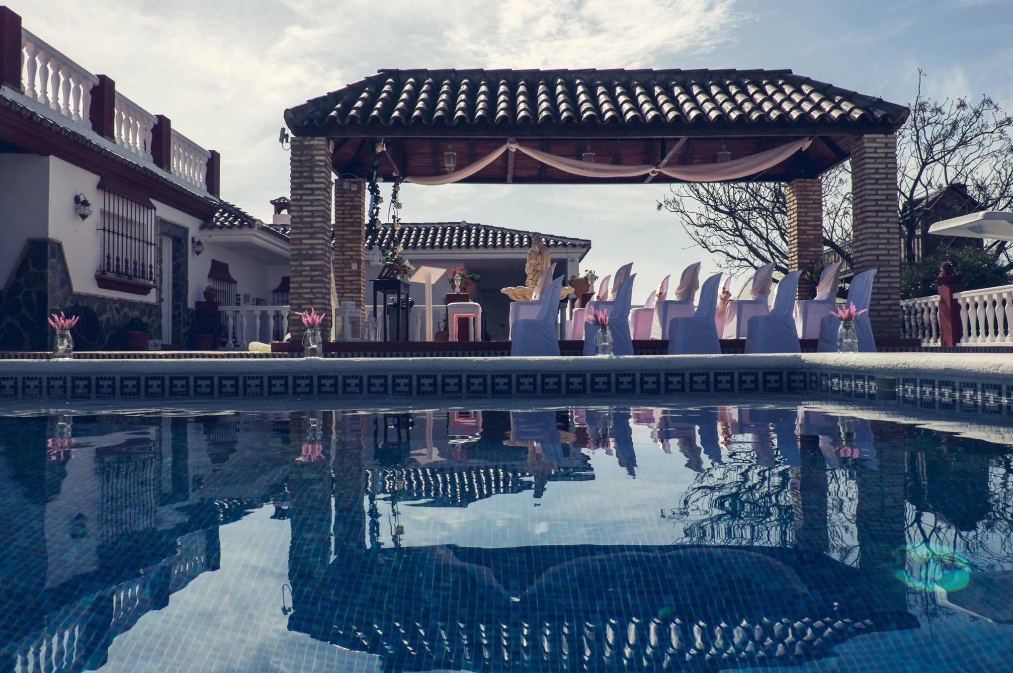 Foto 11 de Alquiler de sillas, mesas y menaje en Jerez de la Frontera | Jedal Alquileres