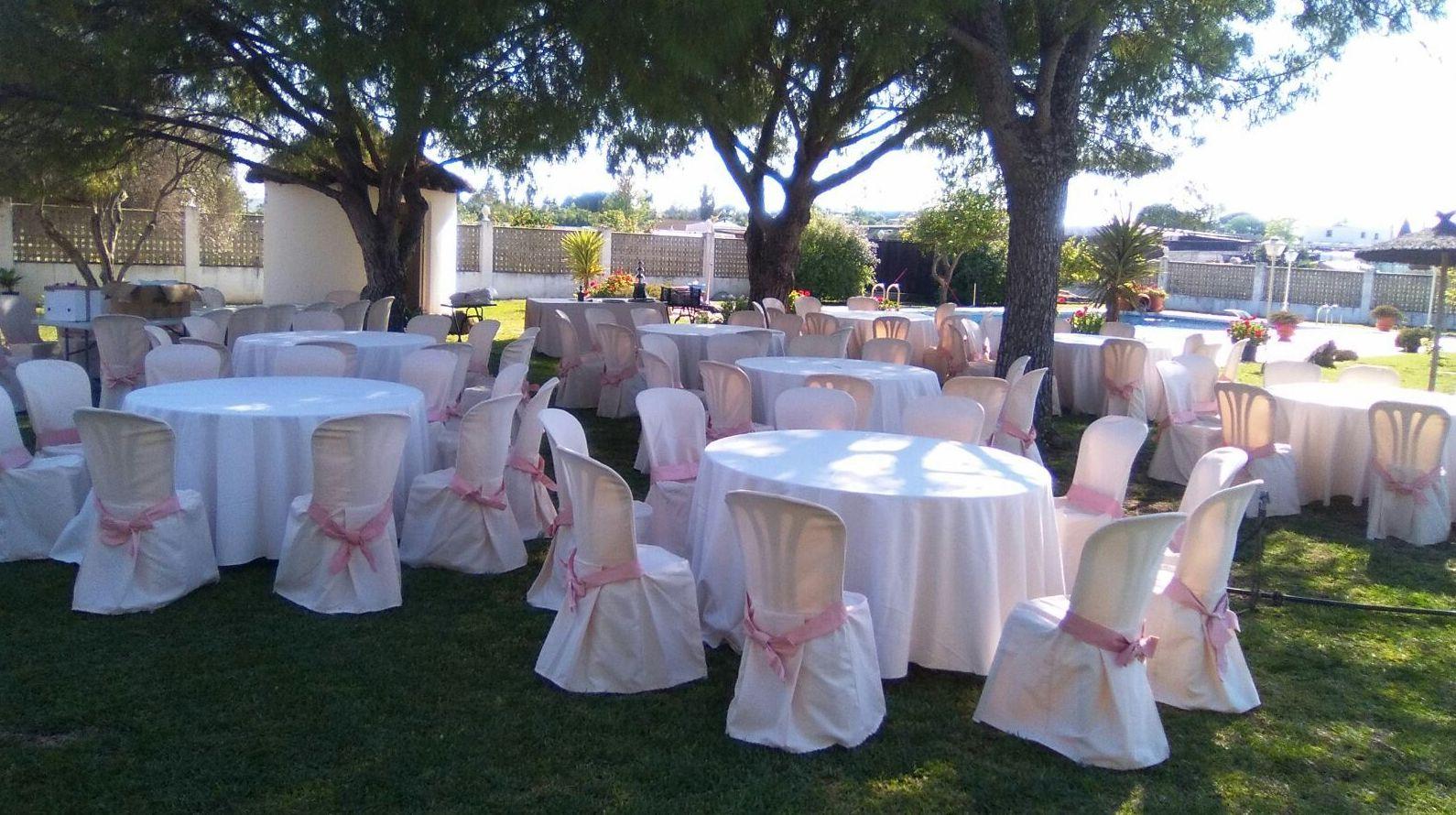 Foto 39 de Alquiler de sillas, mesas y menaje en Jerez de la Frontera | Jedal Alquileres
