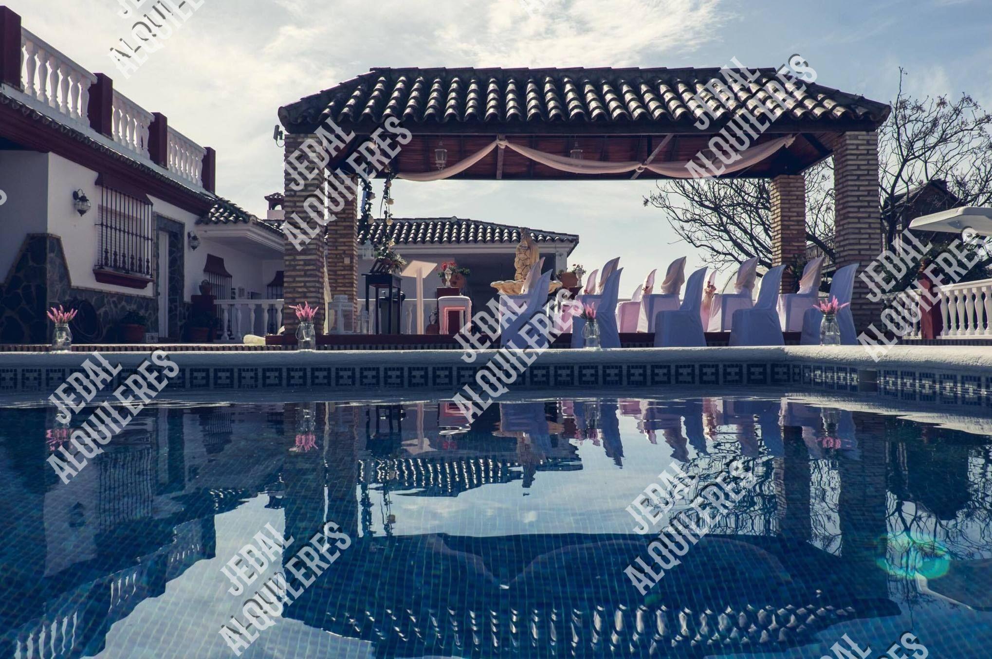 Empresa de alquiler de mobiliario para eventos en Jerez de la Frontera
