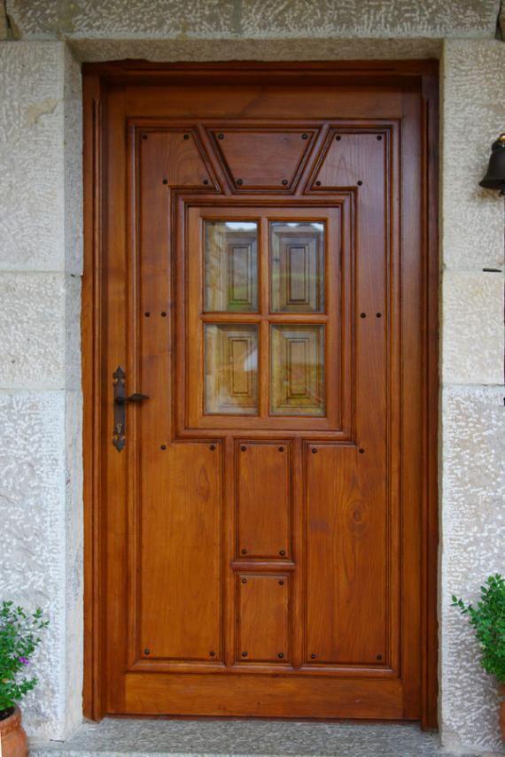 Puertas de madera en asturias carpinter a b p cu tara for Puertas grandes de madera