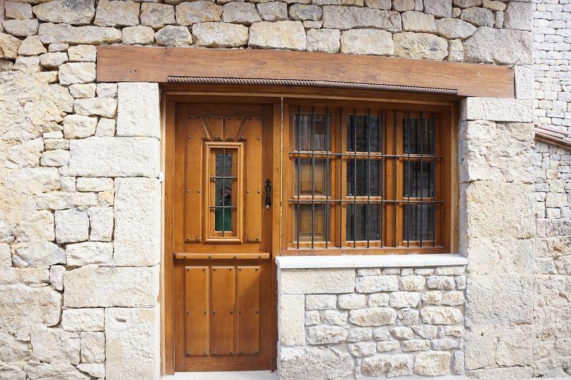 Pe 00138 puerta exterior catalogo de productos de carpinter a b p cu tara ib ez - Puertas exterior asturias ...