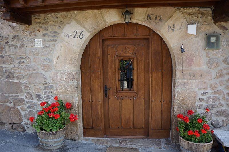 Puerta Exterior en Arco