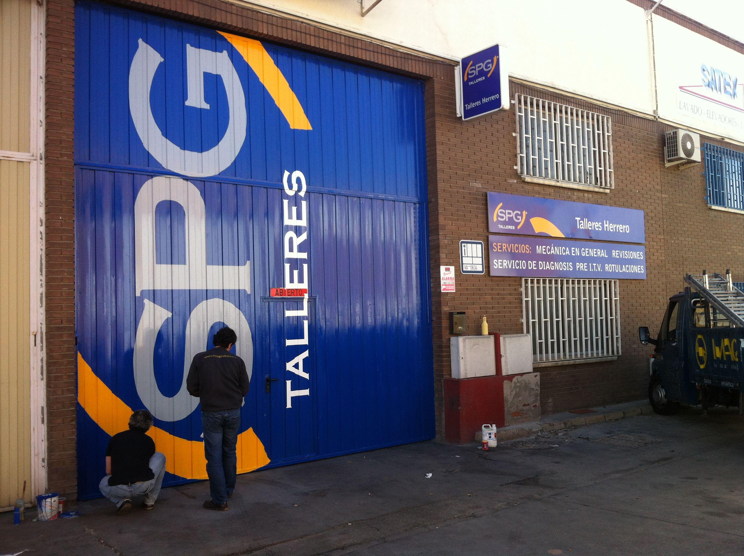 Foto 1 de Talleres de automóviles en Valladolid | Talleres Herrero