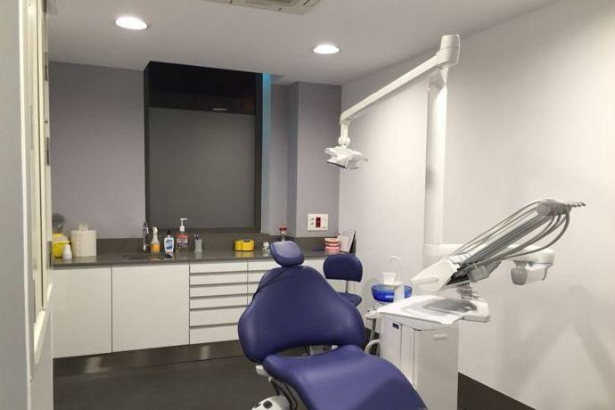 Foto 5 de Dentistas en Sevilla | Clínica Saúco