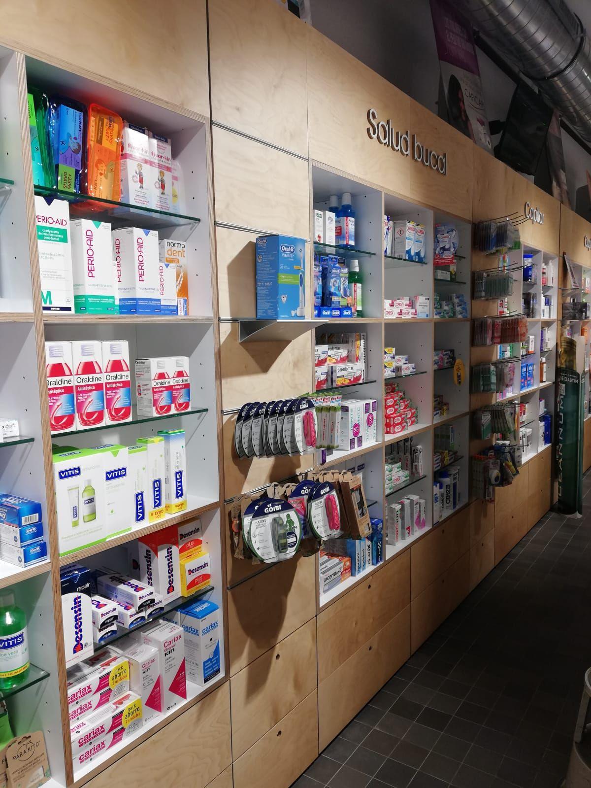Farmacia con productos de salud bucal en Barakaldo